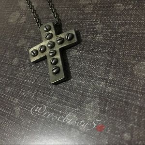 Other - x2! Host Pick➕ Distressed Silver-Tone Cross